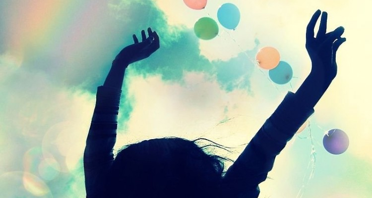 Put That Positive Vibe On: How To Stay On The Optimistic Side