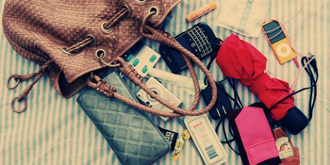 10 Things That Every Modern Filipina's Purse Should Have
