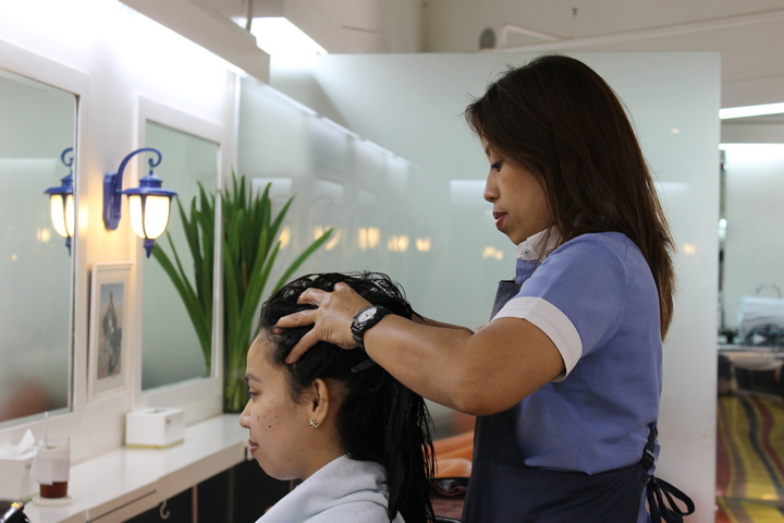 JMS while having the hair treatment