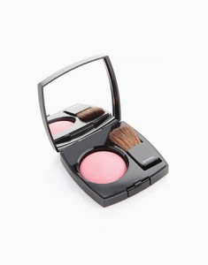 COOL:Joues Contraste Powder Blush in Narcisse, P2,350,Chanel