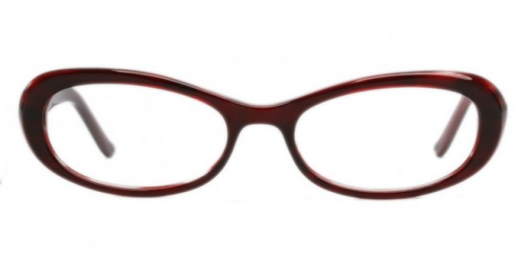 Oval and round frames balance out heart-shaped faces. Try: Break the Rule in Red, P1,995, Four Eyes
