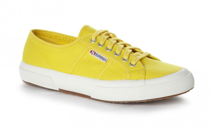 TRY: Superga 2750 Cotu Classic in White / Superga2750 Cotu Classic–Sunflower, which features an extra strong, fully breathable, pure cotton upper in a lightweight, simple canvas design with a vulcanized rubber sole.