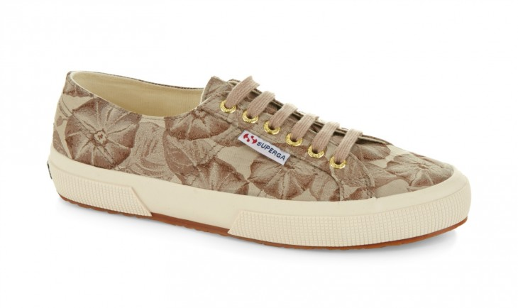TRY: Superga 2750 Fabric Vanity in Natural features antique tapestry-inspired floral prints with a strong, breathable cotton upper in lightweight canvas and a natural vulcanized rubber sole.