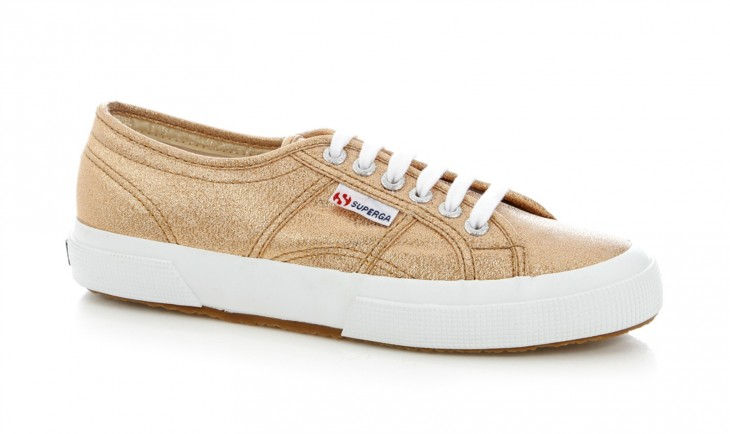 TRY: Superga 2750 Lame is a reimagined classic 2750 in a strong, unlined and fully breathable upper made of pure cotton and finished in lamé.