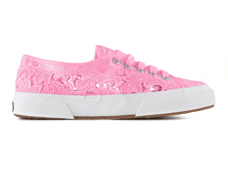 TRY: Superga 2750 Macrame in Begonia Pink is part of the brand's fashionable line and features a lace macramè upper in pure cotton with an outsole in vulcanized natural rubber.