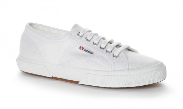 Try: Cotu Classic 2750 sneakers in white, P2,250, Superga