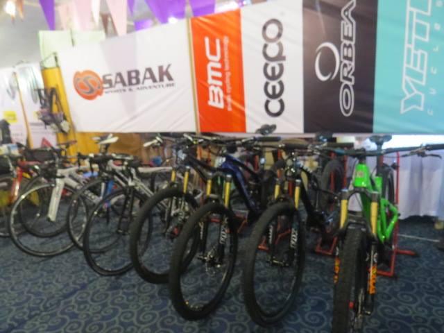 Modern Filipina--Go Girl--Bikes
