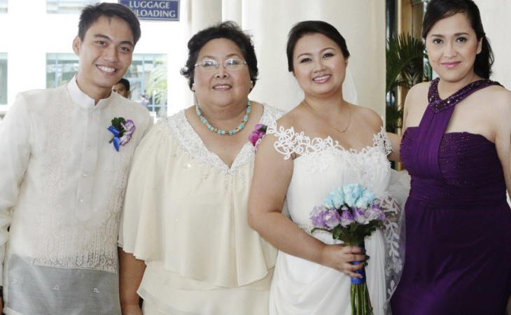 The author with her mom and siblings on her wedding day
