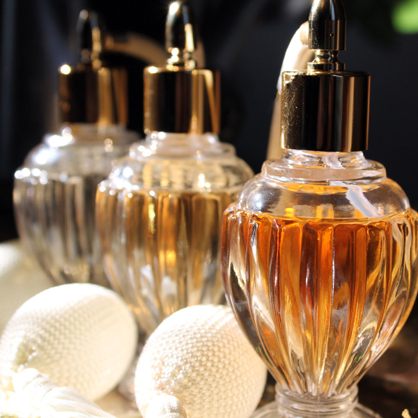 Image from Vetiver Aromatics via Flickr Creative Commons