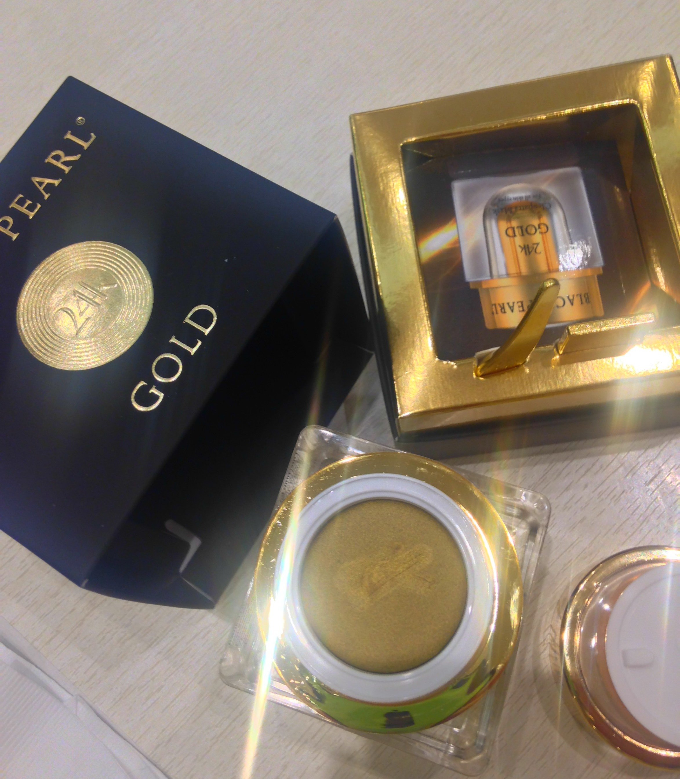 Black Pearl Cosmetics 24k Gold Mask Product Review - Top View - Philippines