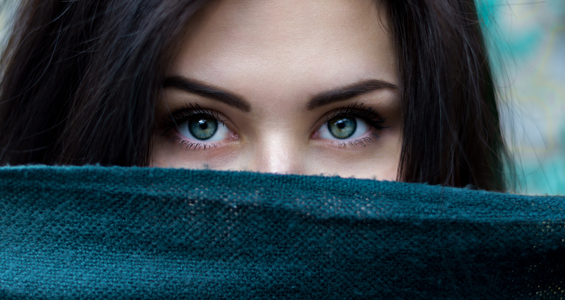Close Up Shot of a Woman to her Eyes